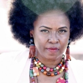 "Spin Cycle: Betty Wright & The Roots' ""Betty Wright: The Movie"""