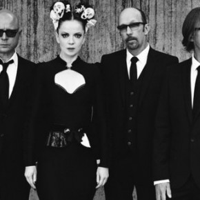 "The Singles Bar: Garbage Draw ""Blood"" on First Single in Five Years"