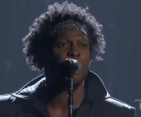The Viewfinder: D'Angelo Slays The BET Awards