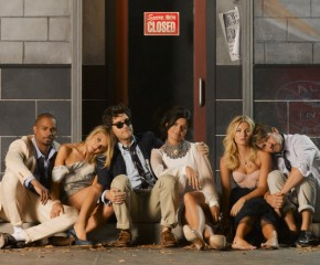 """The Idiot Box: An Appreciation Of """"Happy Endings"""""""