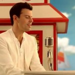 Old Navy's Fabulous Commercials Starring Jordan Knight, Boyz II Men, And The 90210 Cast