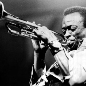 Miles Davis: The Complete Illustrated History: Book Review