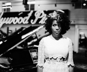 """Jerk Ribs"": A Tasty New Morsel from Kelis"