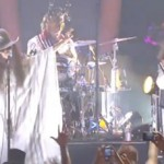 "My Morning Jacket & Erykah Badu Hop On the Horn & Call ""Tyrone"""