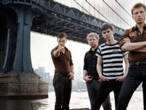 "Franz Ferdinand Has Two Sides of ""Love"" For You"