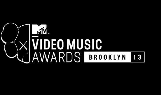MTV VMAs Live Blog