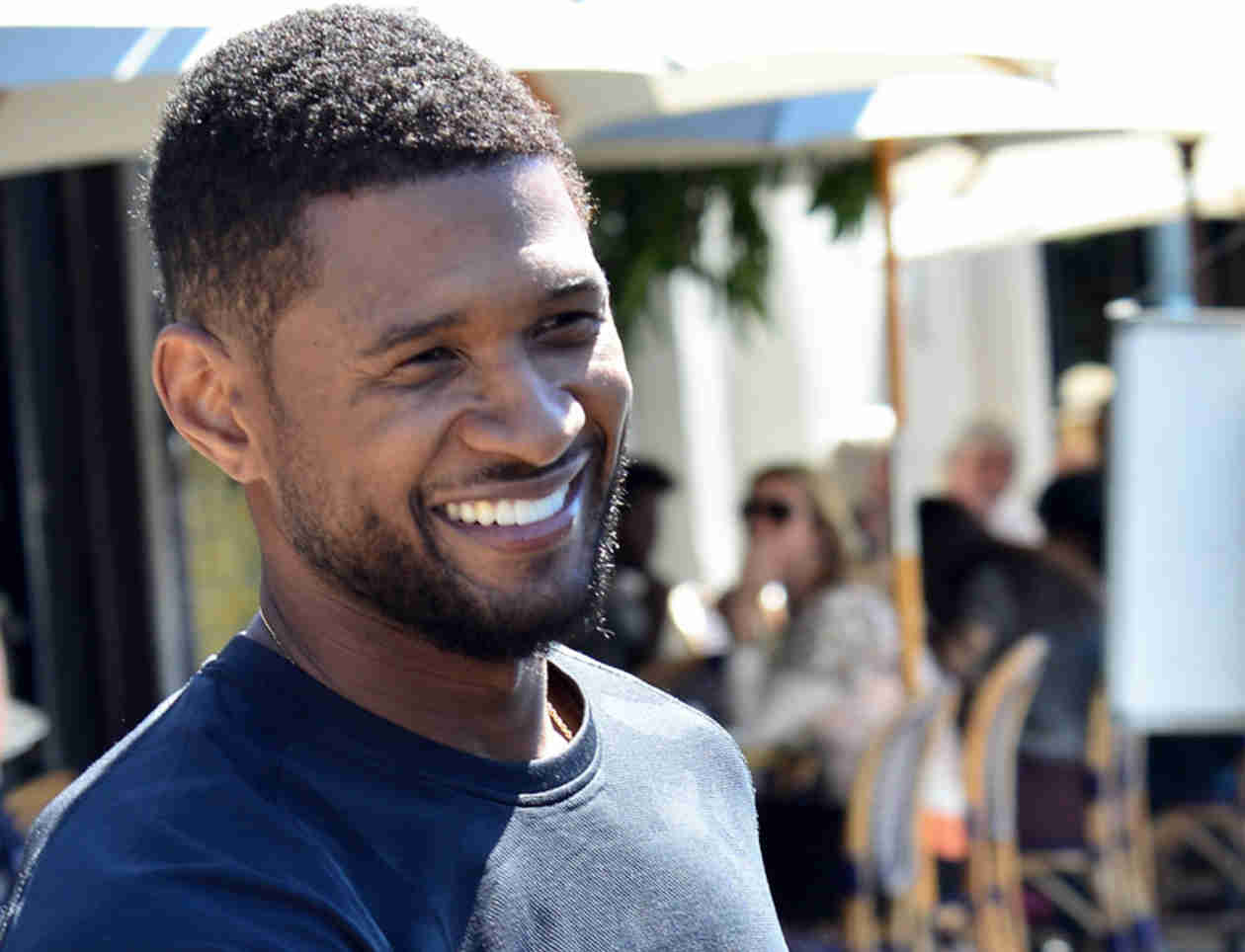 Usher 2014Usher 2014 Haircut